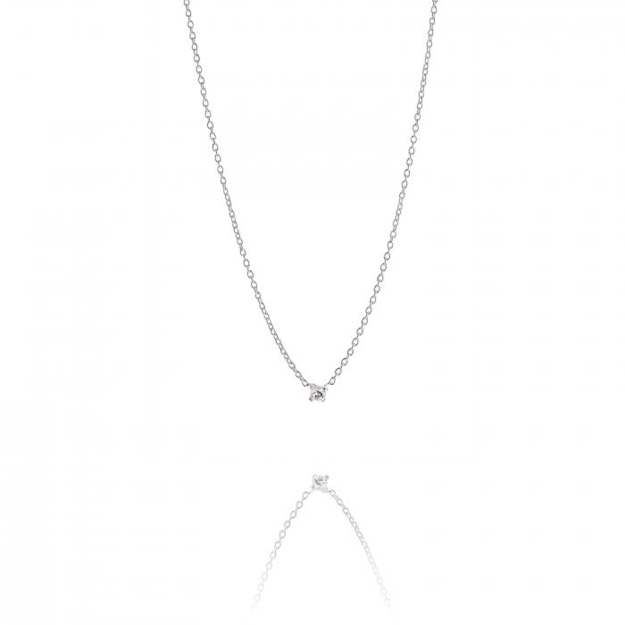 halsband med liten sten