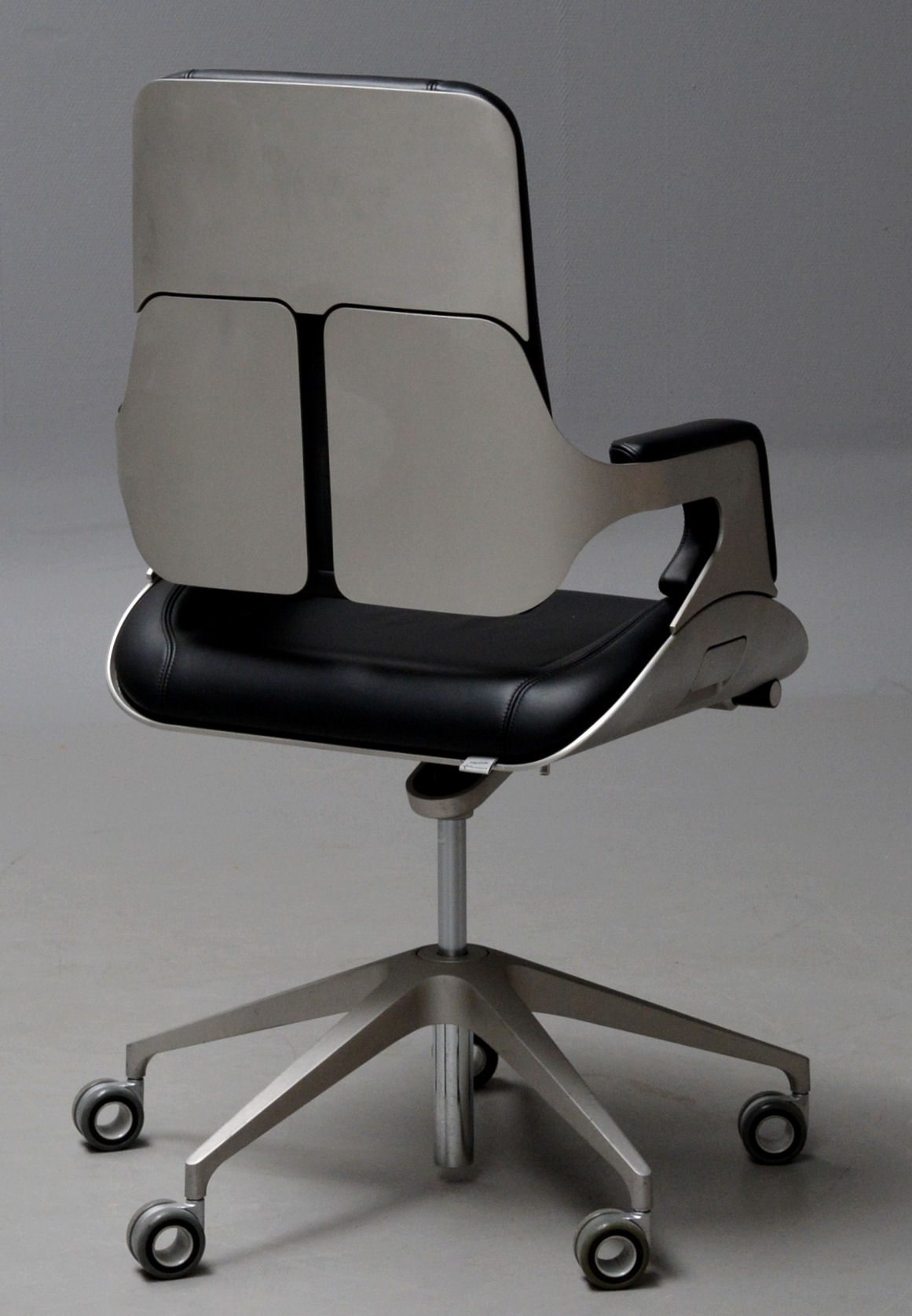 Office Chair, Interstuhl Silver 262S   Hadi Teherani