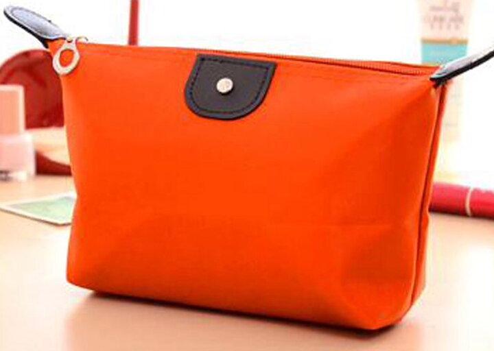 Sminkväska i nylon orange - watzup.nu 00bb2547d46ba