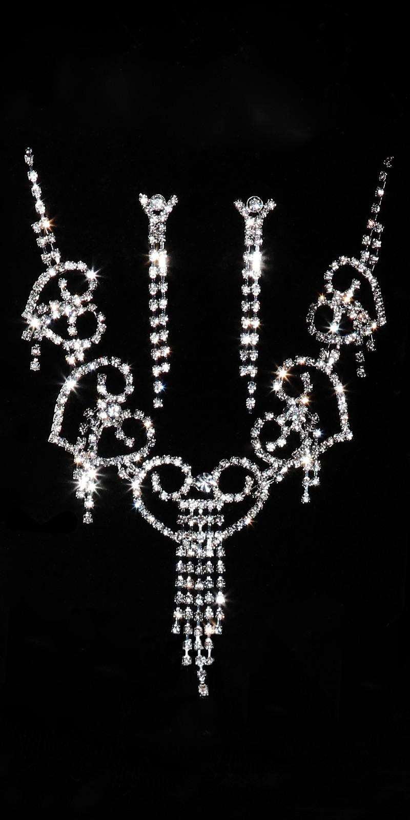 Shoppa strass set halsband   örhängen online  563d5f792ed03