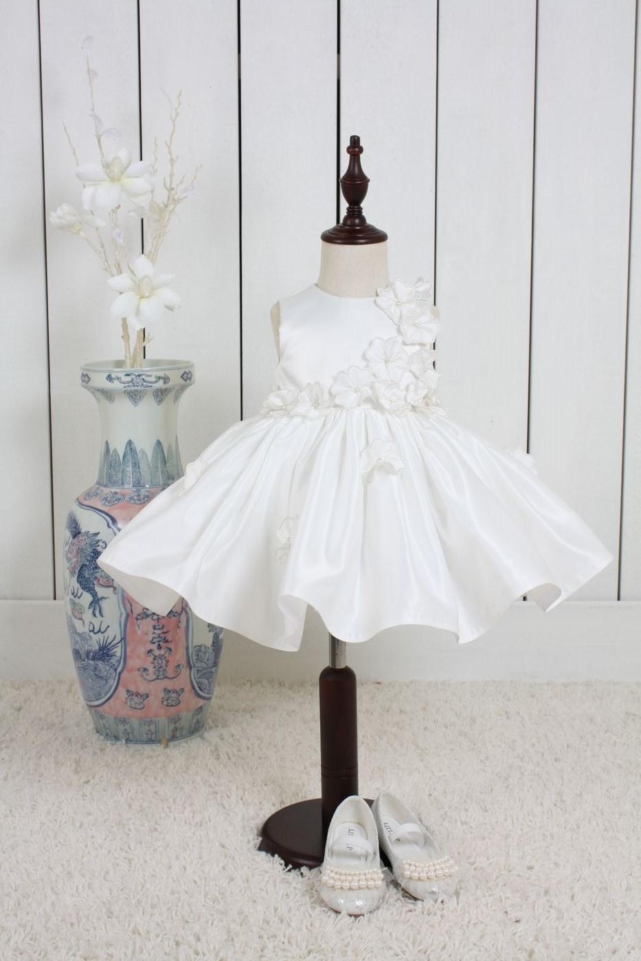 klänning baby bröllop