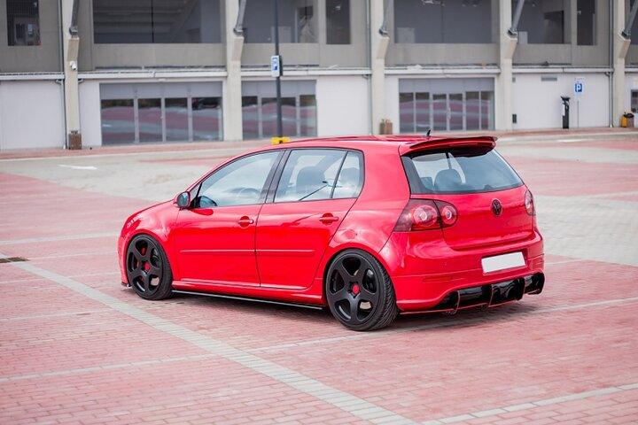 volkswagen golf 5 gti side skirts car accessories. Black Bedroom Furniture Sets. Home Design Ideas